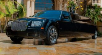 Chrysler-300-limo-service-Sussex-330x180 Sussex, WI Limo Rentals
